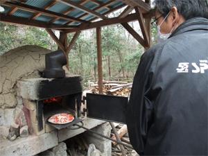 里守隊活動 ピザ 昼食